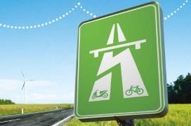 Gli italiani preferiscono le bici e le moto bici elettriche e scooter elettrici